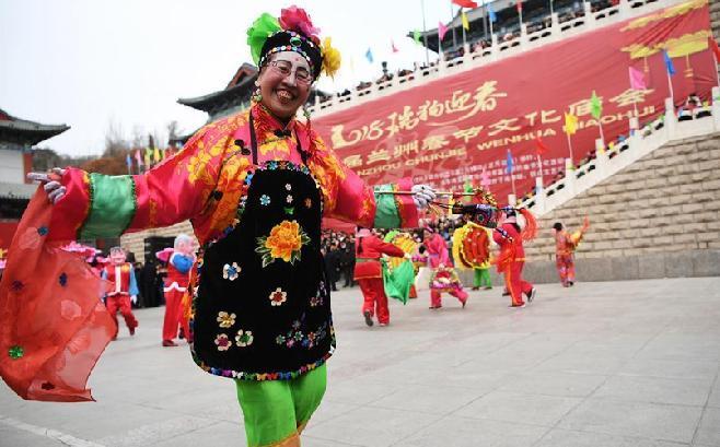 兰州:欢乐庙会过大年