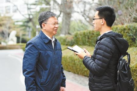严纯华委员:继续为金莎发展建言献策