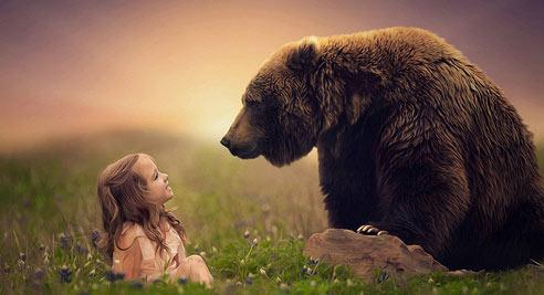 儿童与动物温情互动