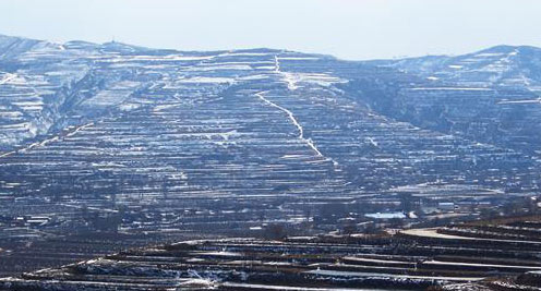 雪后黄土高原静美如画