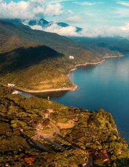 俯瞰深圳大鵬半島 詩與遠方的海