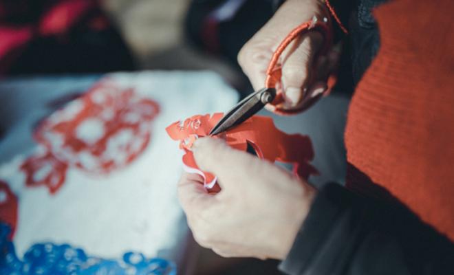 【文化甘肅】之隴原手藝人:剪彩為人起隴風