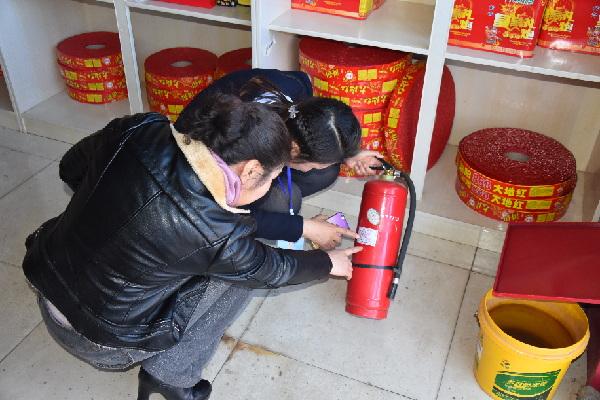 瓜州巷社区开展辖区重点场所消防安全专项检查(图)