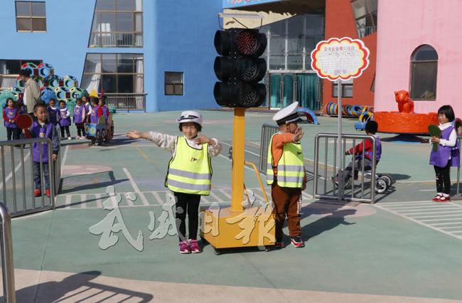 民勤县实验幼儿园全方位实施素质教育