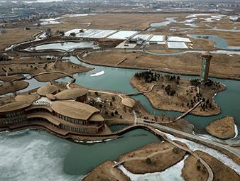 航拍张掖湿地:冰雪渐消融 碧波漾春意
