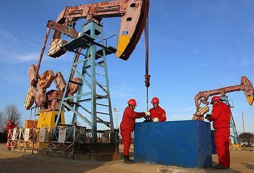 油田生产现场